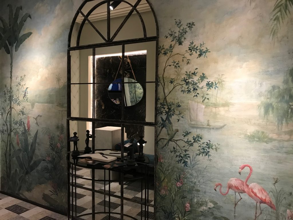 Esta imagen tiene un atributo ALT vacío; su nombre de archivo es casa-decor-murales-pintados-blanca-hevia-inteiorista-carol-moreno-lara-pintora-muralista-obras-pintadas-a-mano-paisajes-1-1-1024x768.jpg